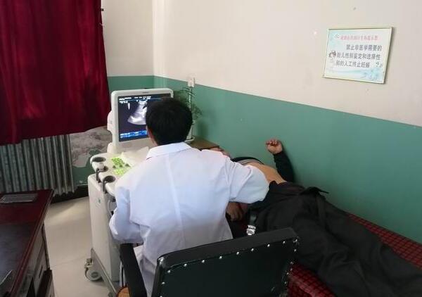 黑龙江农垦格球山社区卫生服务中心开展老年人健康体检补检工作