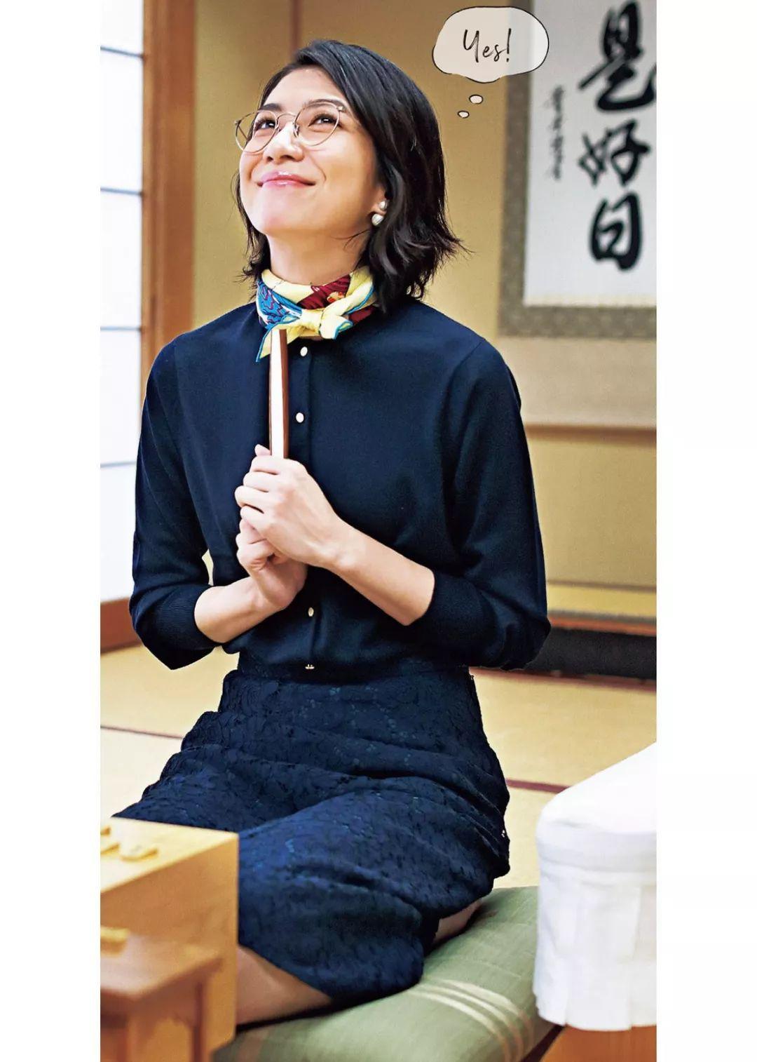 6件针织衫30天不重样,将棋女神的秋日穿搭大作战|日本·时尚
