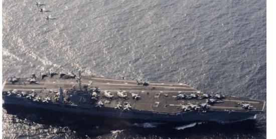 中俄两国货轮相继抵达伊朗,波斯湾的美航母决定后撤