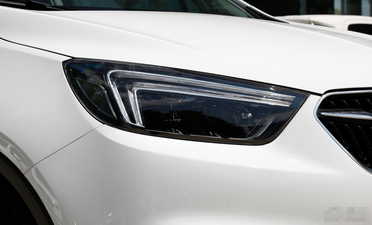 """被成为""""熊猫车""""的SUV,性价比不错却被人冷落,直接降价5万"""