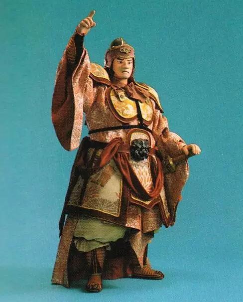 曹操借为父报仇之名打徐州,让谁成了最大赢家 评史论今 第6张