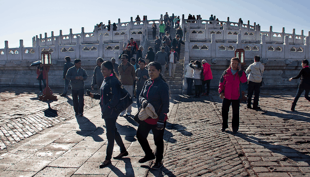 為何來中國的外國游客越來越少,中國游客道出原因,果然很現實!