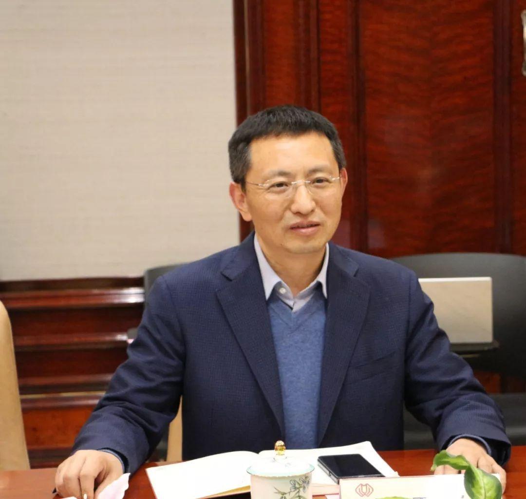 夏喜生副市长最后提出希望建德市政府相关部门与三盛宏业集团进行无缝