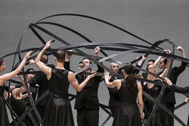 365bet体育投注,现代舞愈加关心心里的自在表达以及与现实的毗连
