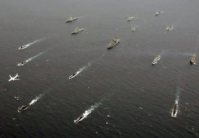 方才,美俄军机在黑海上空剧烈比武,美军直呼伤害!