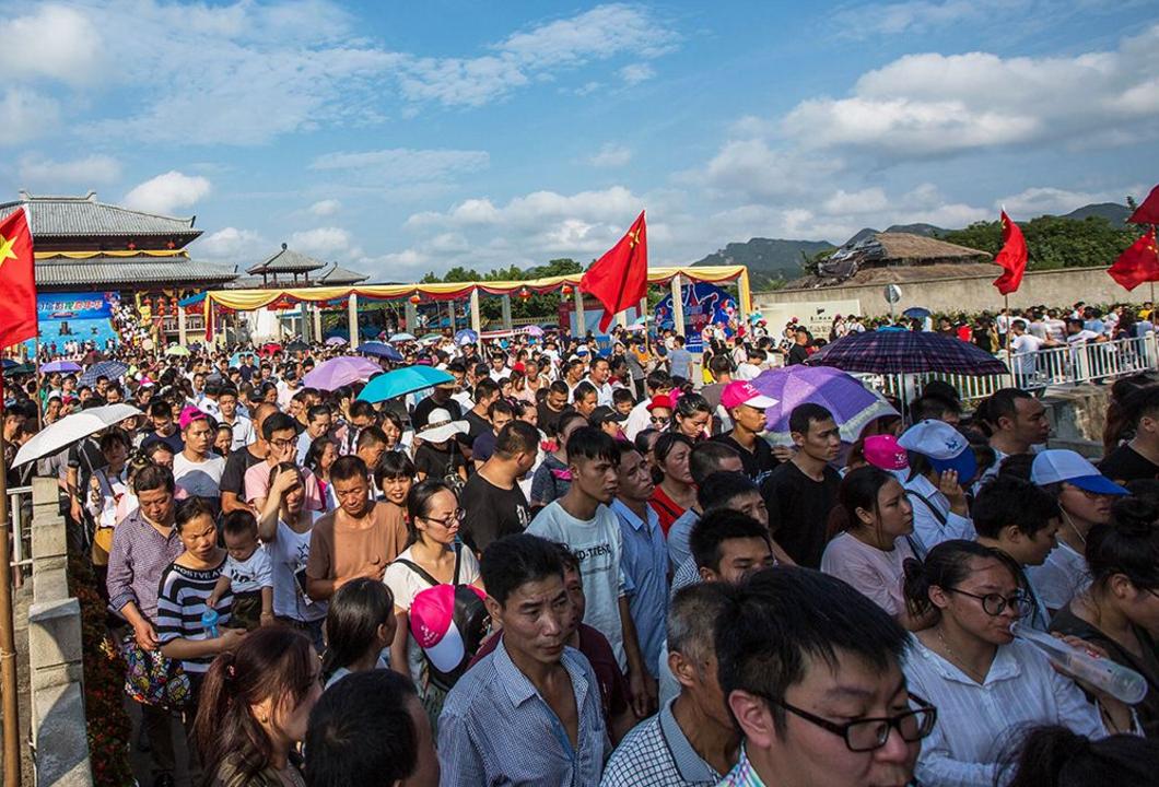 中國發展得越來越好,外國游客卻越來越少,原因值得深思