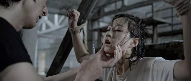電影《鎖》:哪一把鑰匙能打開殘破的命運之鎖