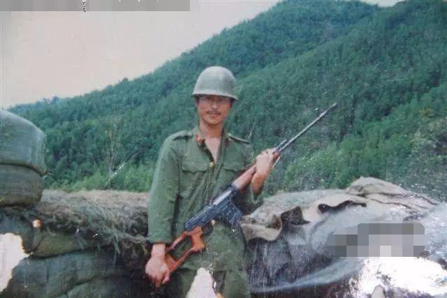"""《中越战争秘闻:解放军""""黑豹三号""""绝密军事行动!  》"""