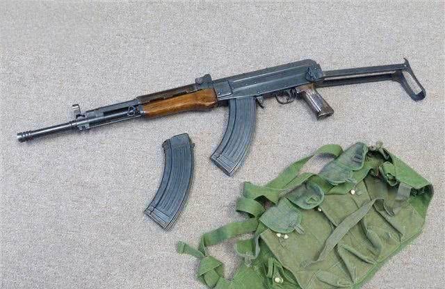 1989年,中国曾递交过几把81式步枪样本给美国.