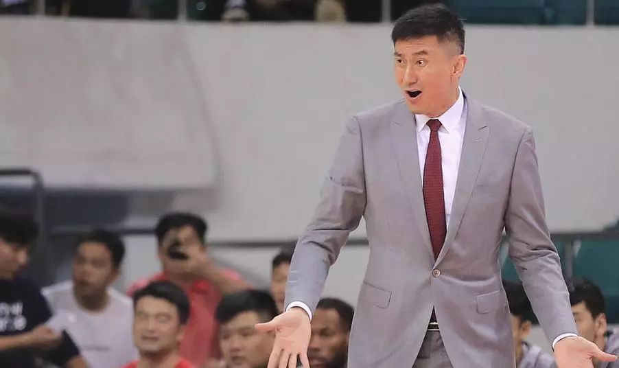 尹波古德洛克不换了,吴庆龙需要给新人更多机会