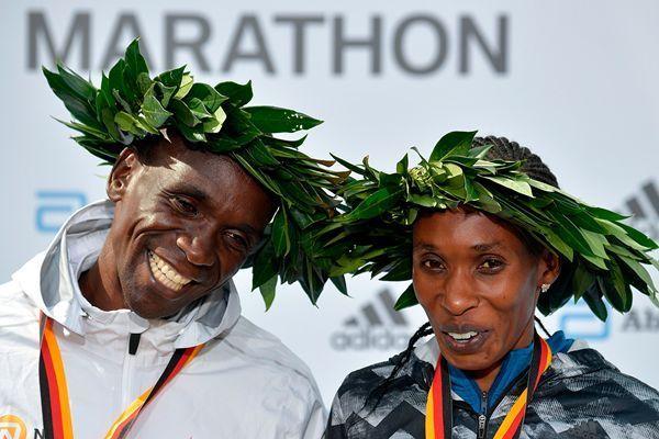 基普乔格切罗诺当选年度最佳马拉松肯尼亚最强