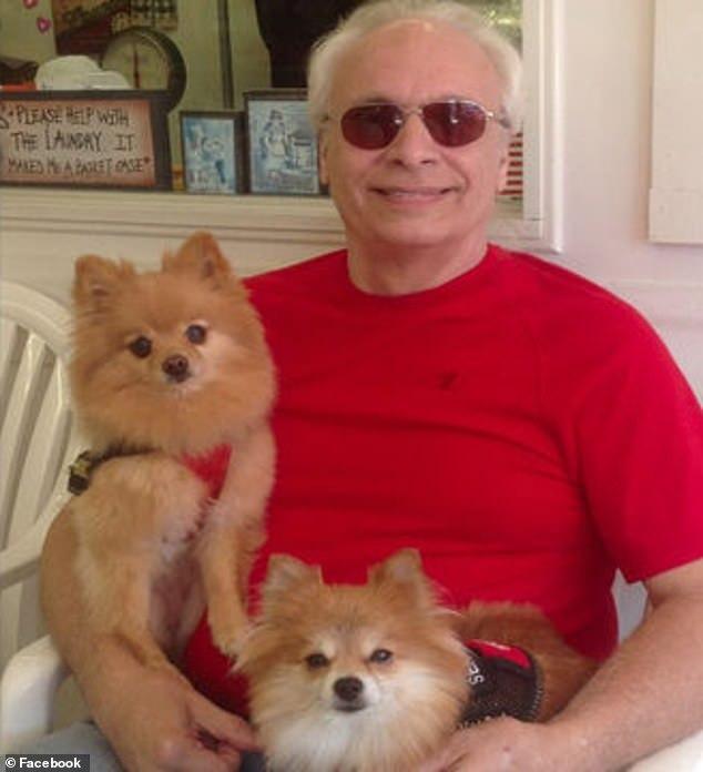 美國一對女子搶走了老人的服務犬,老人幾天后死于突發性心臟病