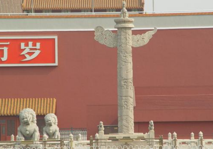 屹立在天安門上500多年,看似普通的2根柱子,卻意義非凡