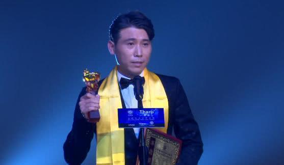 看了華鼎獎的獲獎名單,網友突然理解金鷹獎上的李易峰、迪麗熱巴