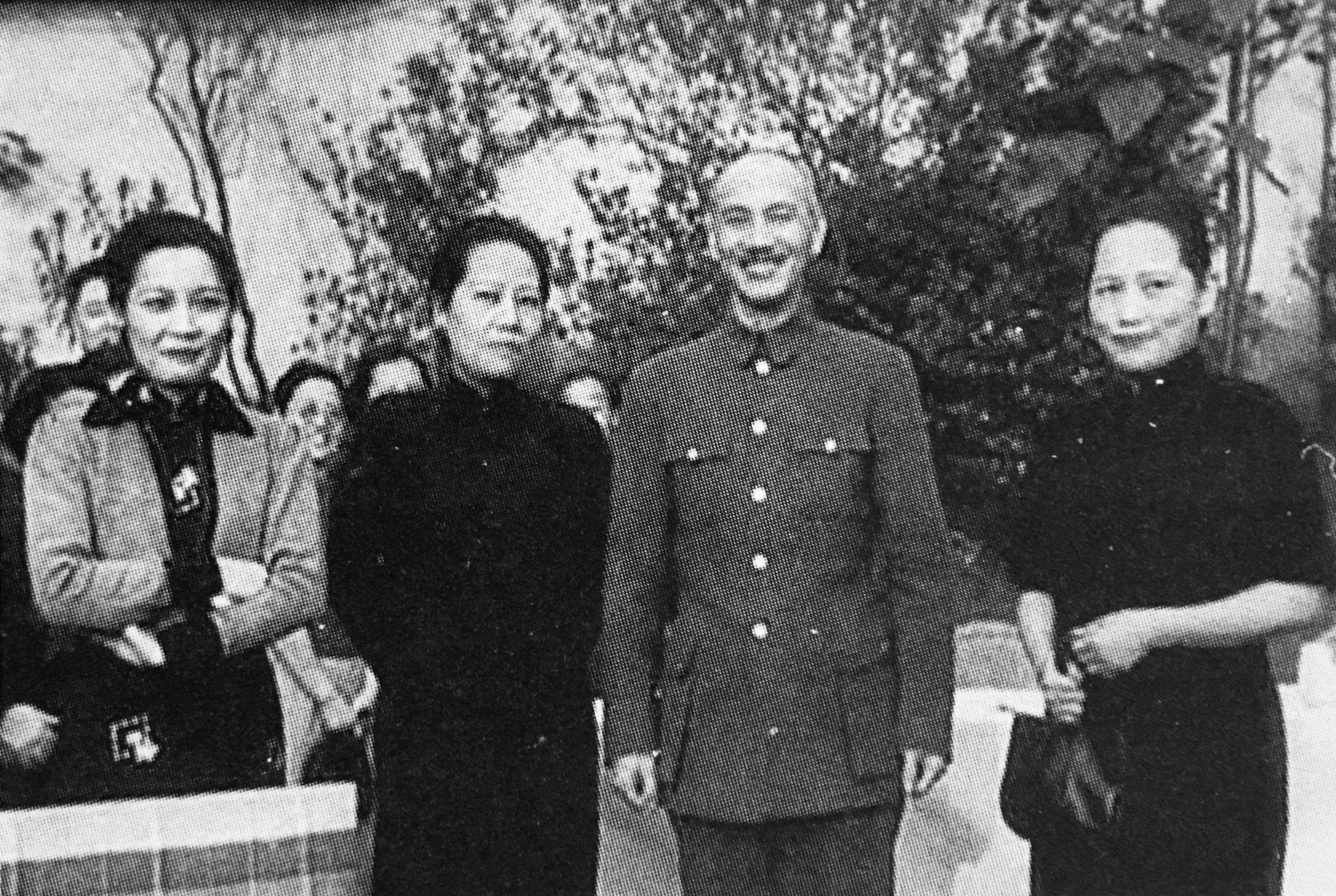宋庆龄照片,图6宋氏三姐妹跟蒋介石合影图片