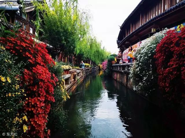秋冬季節,最適合老人旅游的五大圣地你知道嗎?