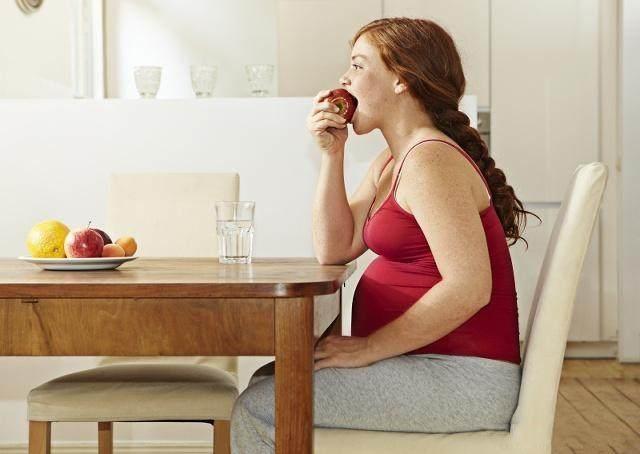 <b>孕晚期,孕妇做好这3件事,更有利于胎儿足月出生</b>