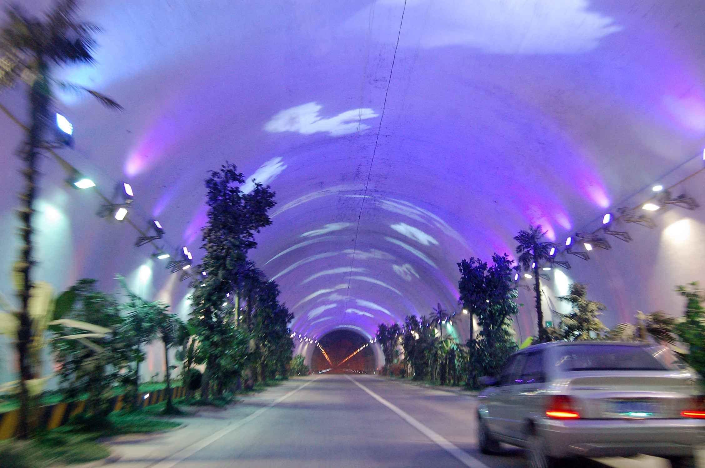 世界上最長最美的隧道,位于中國北方