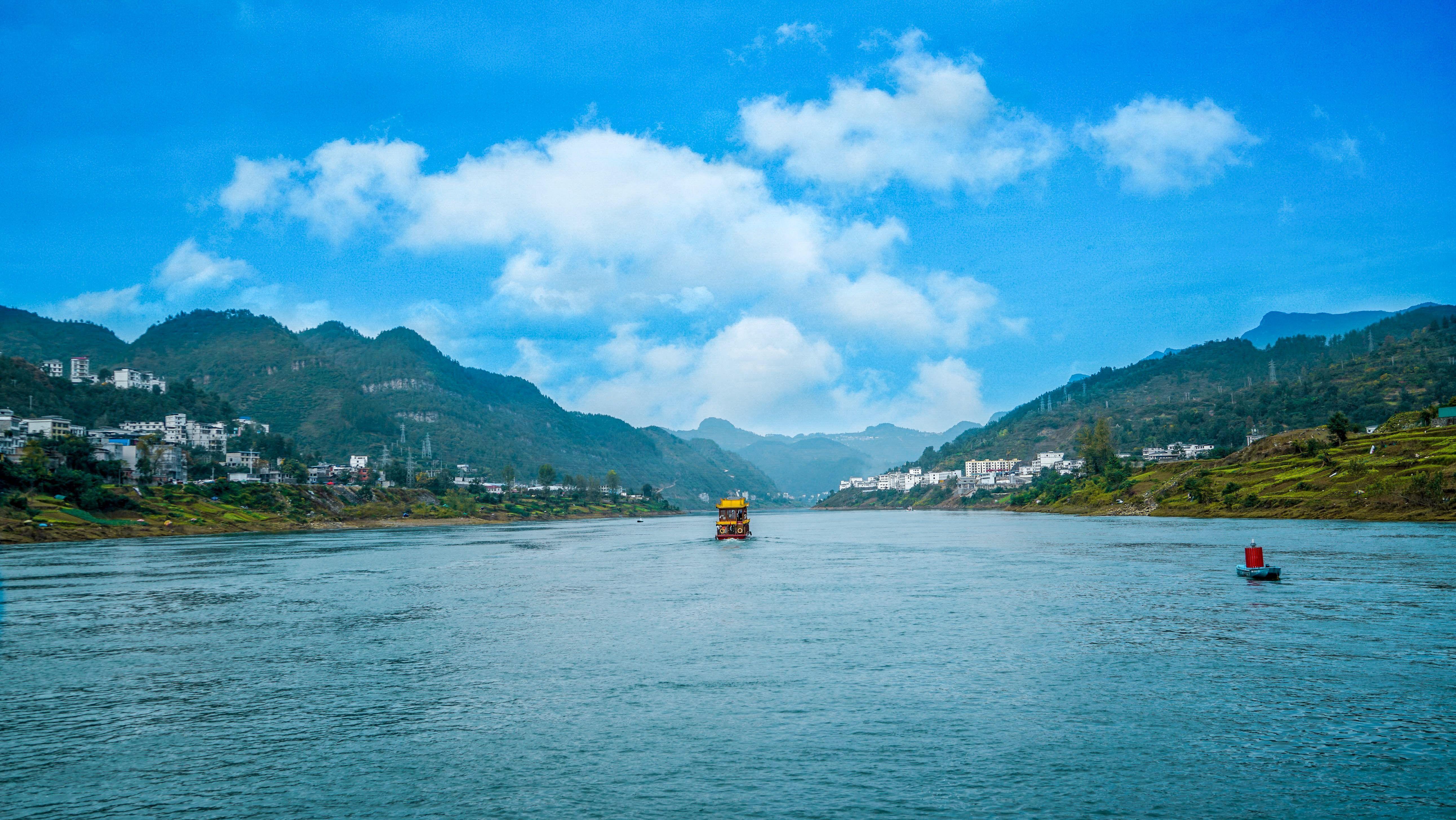 探秘橫跨黔渝兩省的長江上游南岸最大支流,是如何震懾人心呢?