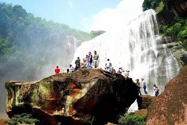 被称我国第二大瀑布,宽有80米,是长江流域最大瀑布,却被遗忘