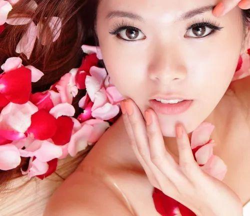 搜性情色文学小�_没错,日本的情色产业确实非常发达