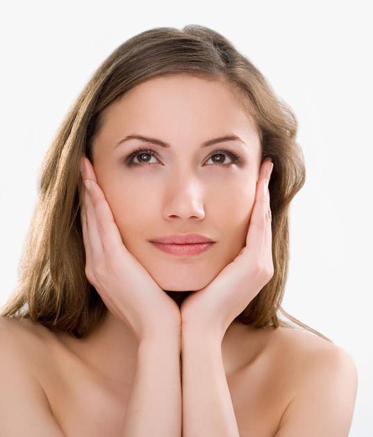 日常生活中我们到底该如何化妆美容把皮肤治理好?