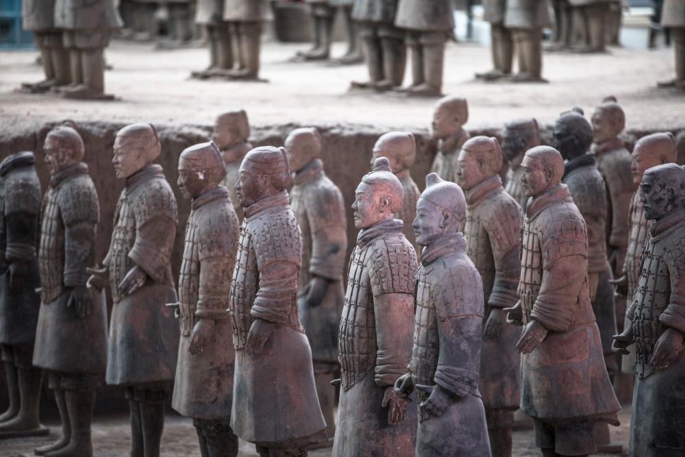 令全世界所瞩目的兵马俑质疑是人殉:秦始皇的残暴无所不作