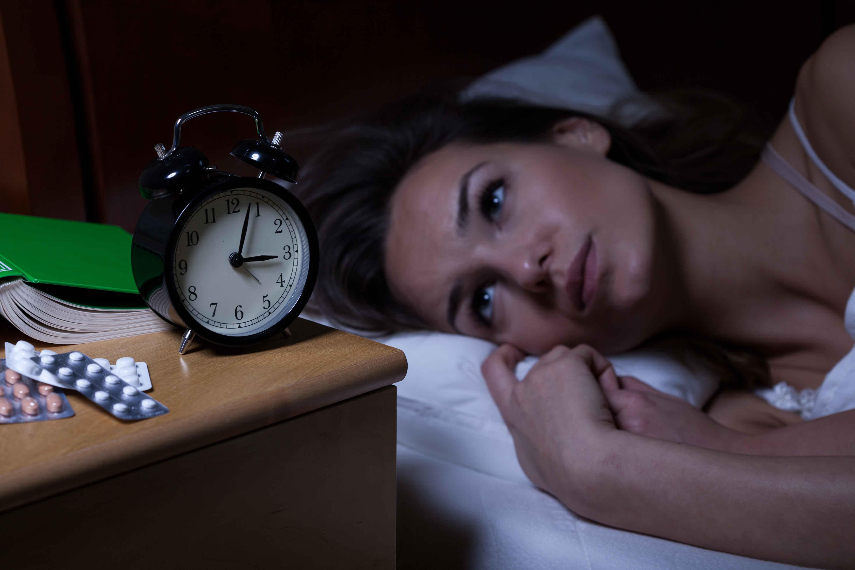 半夜醒来若出现这4种表现,是糖尿病的信号?真相告诉你