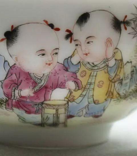 粉彩瓷的工艺特点及鉴赏-古董收藏