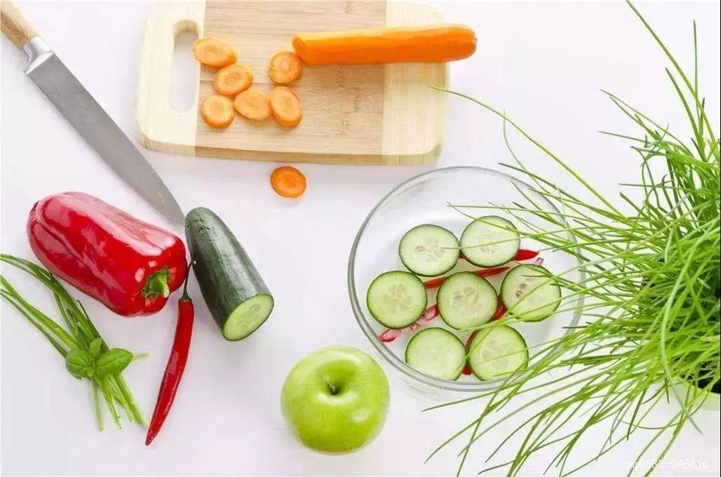【健康养生】许多癌症都是富营养化的结果,越乱补只会越差!
