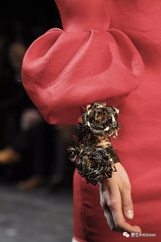 创意时装面料二次再造,面料细节,创意领子细节,袖子细节,创意立裁