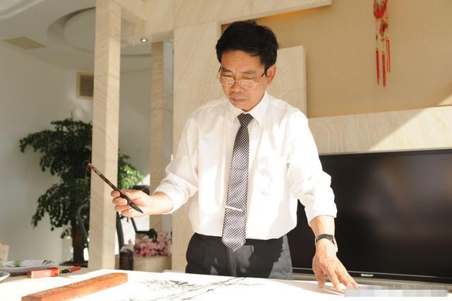 李传波国画竹子艺术鉴赏,耐人寻味,令人惊叹