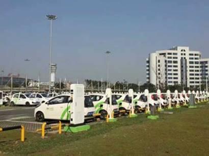 同为纯电动代步车的奇瑞EQ1VS和奔奔EV哪款更值得入手?_广东快乐