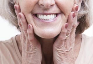 老人牙痛怎么办?