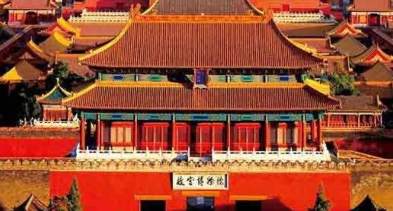 在故宫游玩,为何导游从不让游客和石狮子合影?