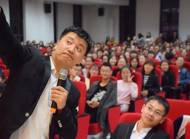 張雪峰老師一般都只去二本院校搞講座,為什么不去重點大學?