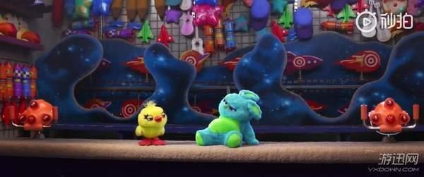 《玩具总动员4》全新中文预告 新玩具兔哥、达鸭登场