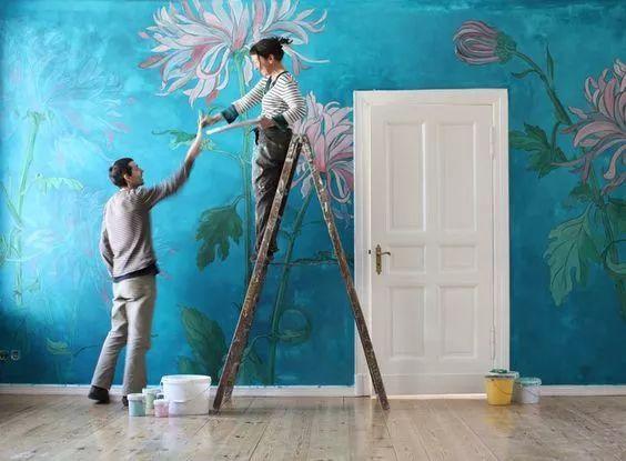 手绘墙画给人巨大的发挥空间. 任何图案都可以于墙上展现.