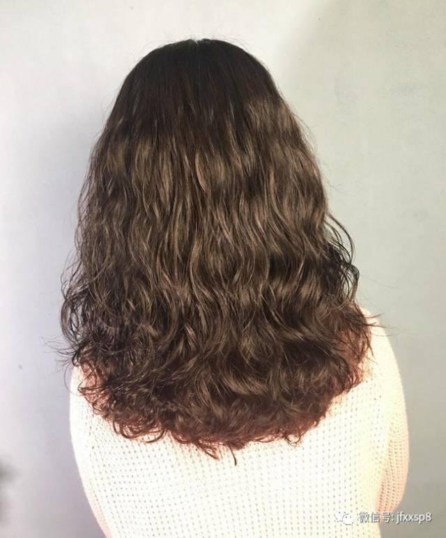 11月精选发型 烫发最火