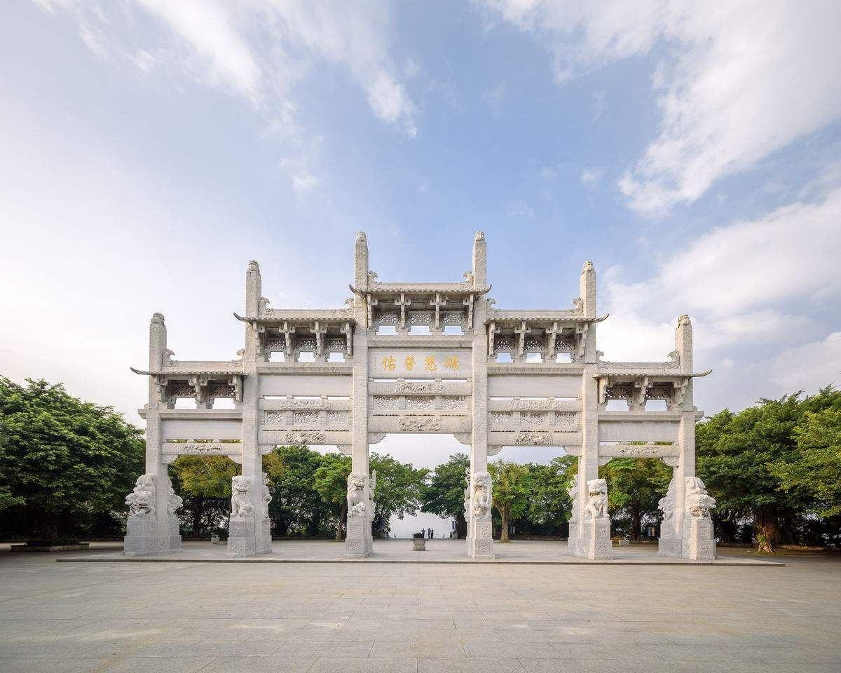 中国最委屈二线城市:GDP近万亿地铁却被邻城控制,还可能被合并