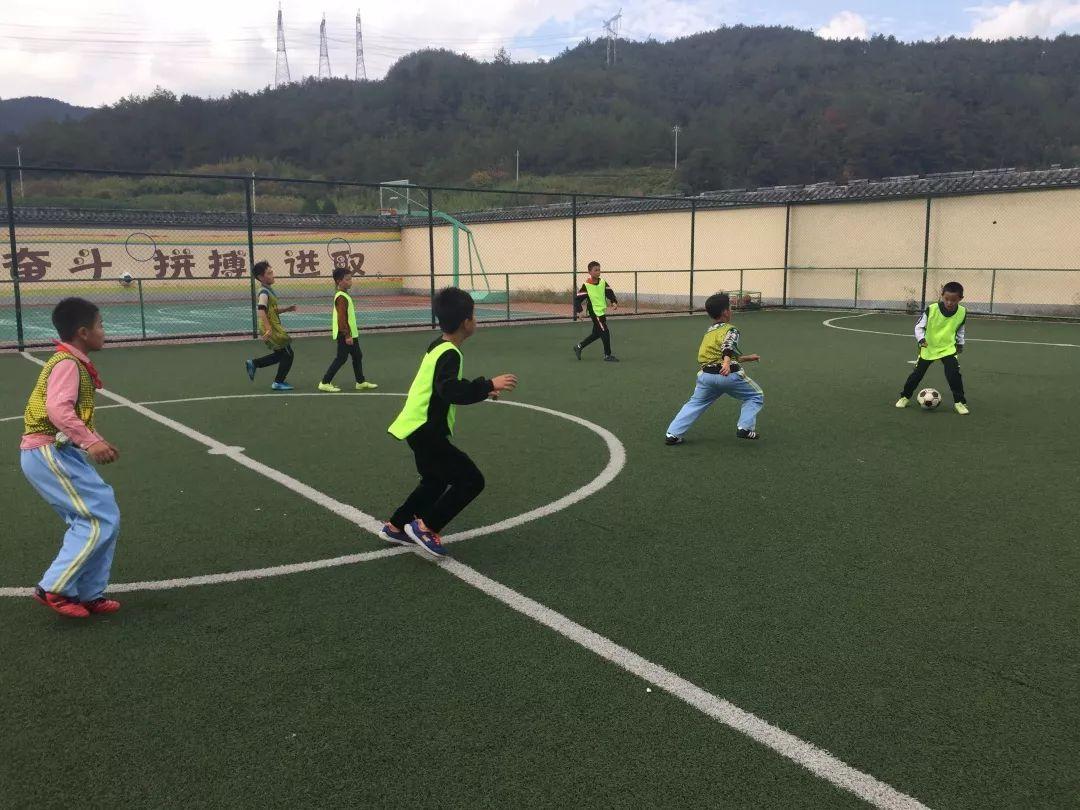 中国梦,足球梦,共同的爱好 ——伴我们的友谊一起奔跑