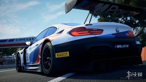 《神力科莎:竞技》更新 宝马M6登场 多人模式上线