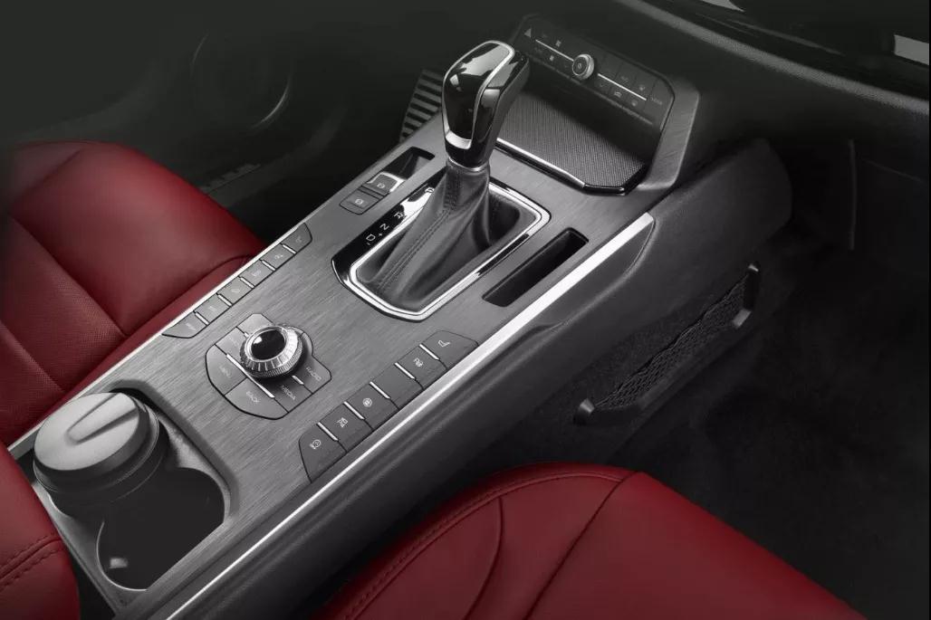 这款紧凑型豪华SUV升级后网友表示:退了奔驰GLA选择它_快乐十分2