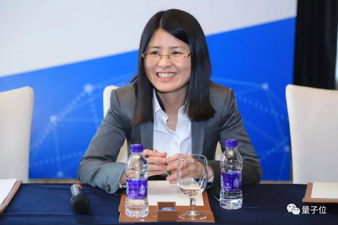 李飞飞之后谷歌再失华裔高管,谷歌AI中国中心总裁李佳离职创业   移动互联  第4张