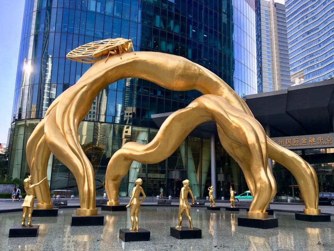 日本早早人体艺术_政务 正文  这个雕塑名为\