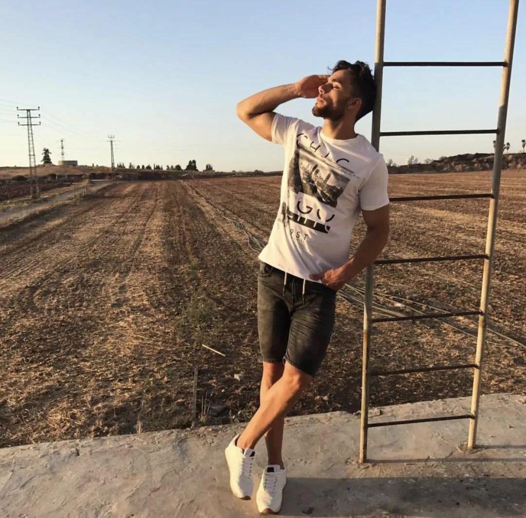 073d89cb0783450f9be09ad587c87eef - 撞脸Liam Payne?以色列先生Arielben Attar