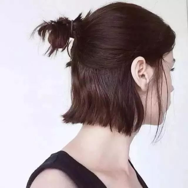 半长不短的头发怎么扎发型好看!_刘海编