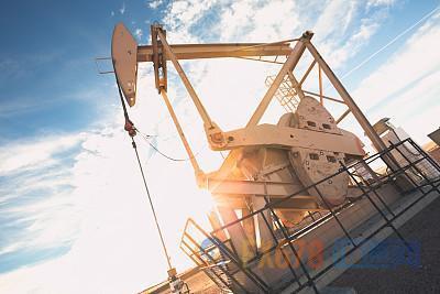 原油交易提醒:OPEC减产预期助油价两连阳,美油库存激增遭无视