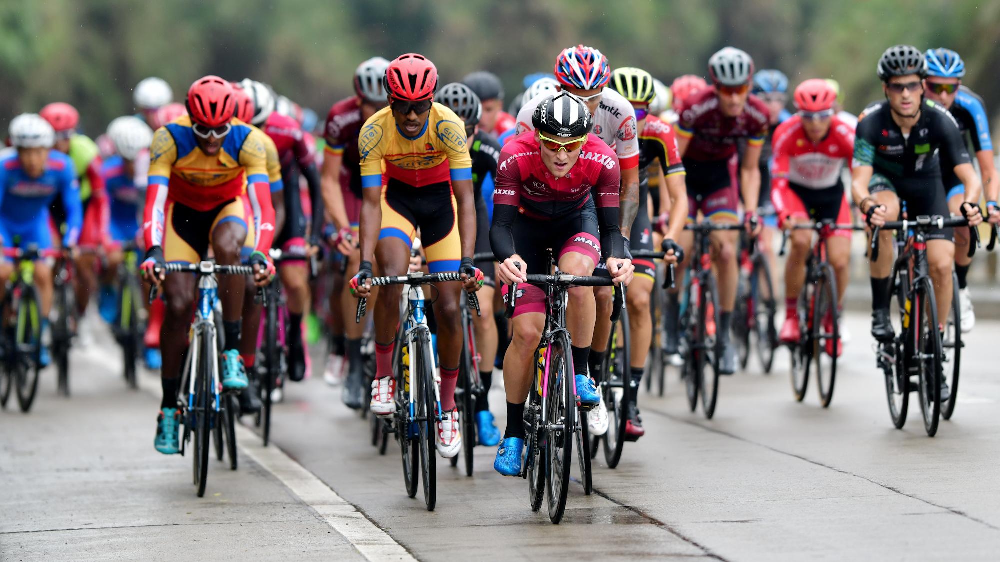 环福州自行车赛第三赛段 达维尼奥克终抢下黄衫