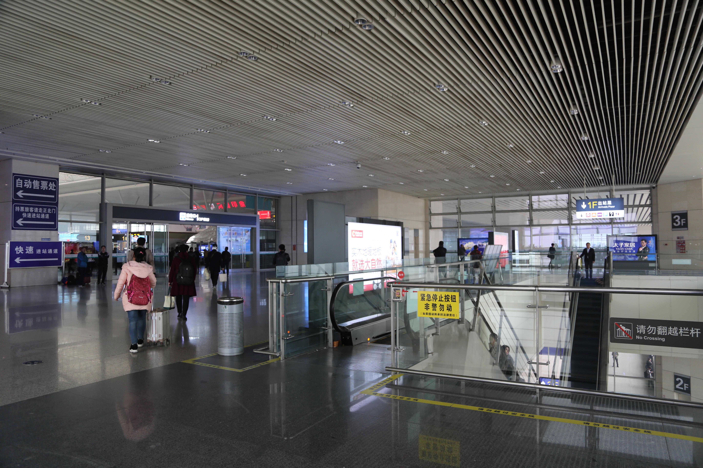 提醒!15日起郑州东站西北交通厅封闭施工 为期2个月